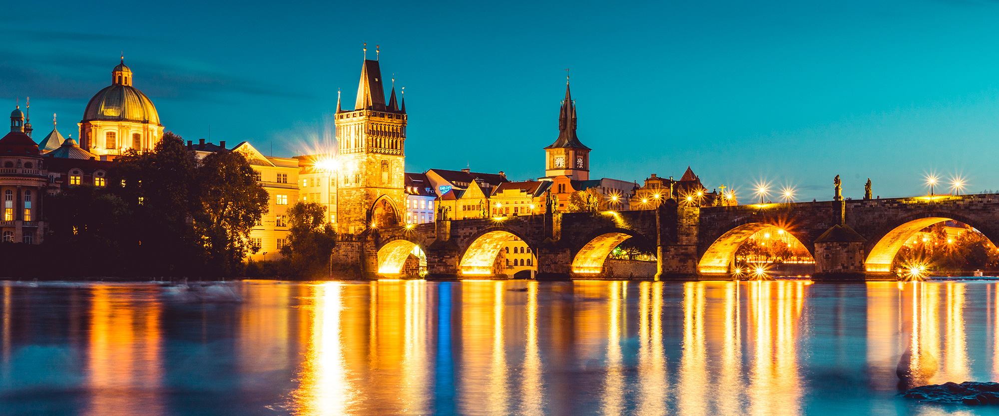 Come and explore yourself the beauty of Prague.